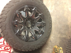 2017 universal 5 bolt 33 inch tires with 2o inch rims