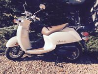 Scooter Retro Vino (Yamaha) Mint Condition