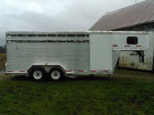 08 Exiss Sport horse/stock trailer