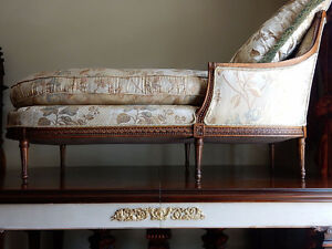 ANTIQUE FRENCH CARVED LOUIS XVI CHAISE LOUNGE RAW SILK FABRIC Kitchener / Waterloo Kitchener Area image 3