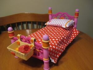 LALALOOPSY BED FOR LARGER DOLLS