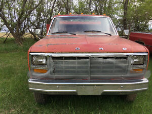 1980 Ford F-250 flat deck Other