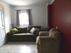 Furnished apartment to share with 1 other available Oct 1st