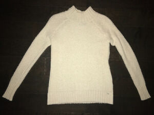 CREAM CABLE NIT SWEATER