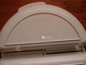 NORDIC WARE Microwave Omelet Pan As New Sarnia Sarnia Area image 3