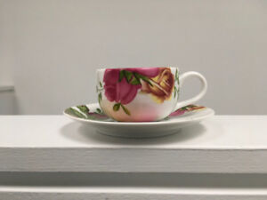 New Royal Albert Country Rose 4 Espresso Cup & Saucer Set