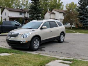 Buick enclave 2008 mint condition