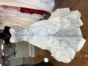20% OFF All SAMPLE WEDDING & FORMAL GOWNS