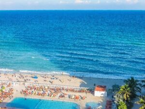 Condo: direct on ocean,beach and VIEW