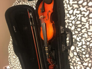 Selling Violin size 1/4