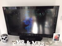 """37"""" LG FULL 1080P HD LCD TV"""