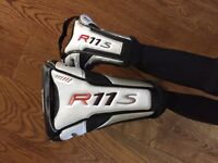Taylor made r11s driver and 5 wood