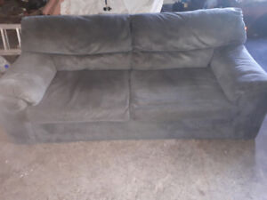 Grey Couch-Pull out bed