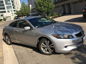 2008 Honda Accord Coupe (2 door) ABSOLUTELY CLEAN