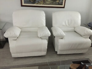 Recliner white chairs