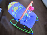 Berceuse chaise 2 en 1 Fisher-Price baby to tod rocking chair
