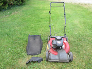 "Lawnmower: Yard Machines 21"" Front Wheel Drive (3 in 1)"