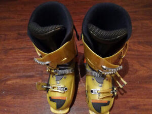 Rossignol ski boots for boys size 289mm