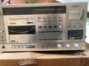 Lloyd's Digital Turning Reciever DTR625 w/record player
