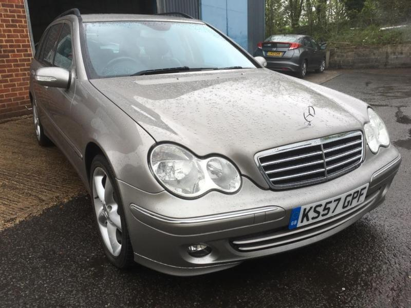 2008 mercedes benz c class 1 8 c180 kompressor avantgarde se 5dr in slough berkshire gumtree. Black Bedroom Furniture Sets. Home Design Ideas