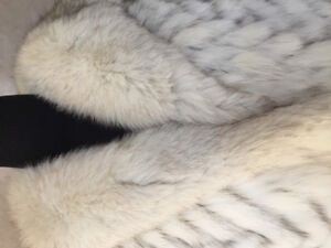 Vintage Luxury Blue Fox Fur Coat. M-L