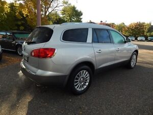 Buick Enclave Awd, very low kms