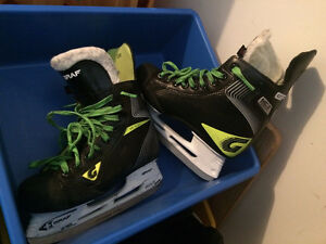 Graf Hockey Skates - Size 3 boys