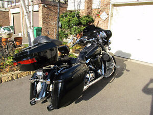 2005 Yamaha Road Star Midnight 1700 cc.