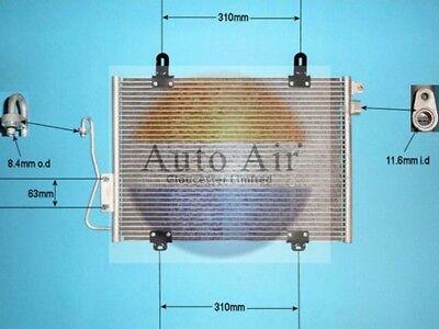864113r Renault Clio 2000 A//c aircon Condensador Radiador 7700428083