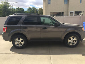Low KMs - 2012 Ford Escape XLT 4WD SUV, Crossover