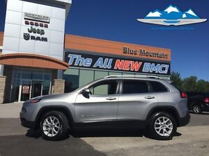 2015 Jeep Cherokee North  ACCIDENT FREE, DEALER INSPECTED, WARRA