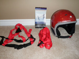 Child Ski Helmet and Harness Kitchener / Waterloo Kitchener Area image 2