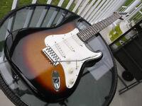 Superbe Stratocaster Sunburst Quest Vintage 1990