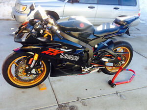 2007 Yamaha R6 (100% Mint Condition, 100% Mechanically Sound)