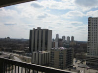 Sublet Two bedroom downtown apt August or September