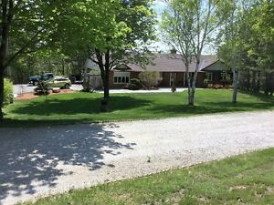 beautiful country property/hobby farm with waterfront 1hour west