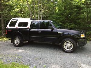 2007 Ford Ranger 4X4 Supercab Pickup Truck with cap