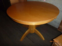 Very nice pedestal table, free delivery