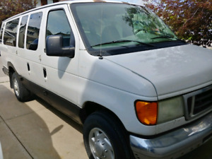 2004 Ford E350 econoline extended size