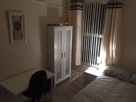 Newly furnished Rooms for rent Wellesely Ave