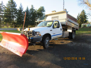 2004 FORD F550 TRUCK WITH PLOW
