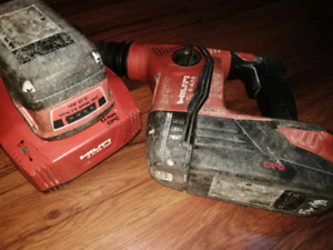 Hilti Hammer Drill/2 Battery Packs/Charger