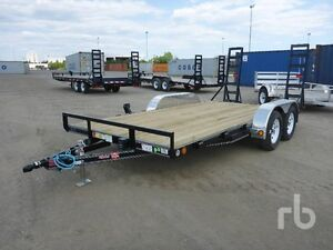 jr car hauler 104 wide 83 inches between fenders ,,, new trailer
