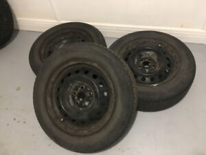 3 summer tires with rims 195/65R15 pattern 5x100