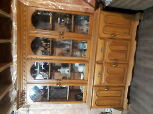 Great condition hutch need moved asap