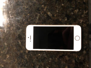 iPhone 5 16GB (White) with charger