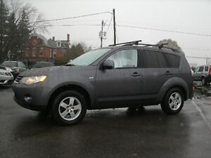 2008 Mitsubishi Outlander ES: 4WD,Sun Roof, Drives Like New!!
