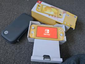 Nintendo switch lite yellow with case