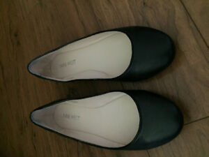 Shoes and sandals size 6 ladies