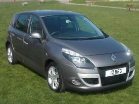 Renault Scenic 1.5dCi ( 110bhp ) FAP 2012Dynamique Tom Tom ONLY 15000 MILES